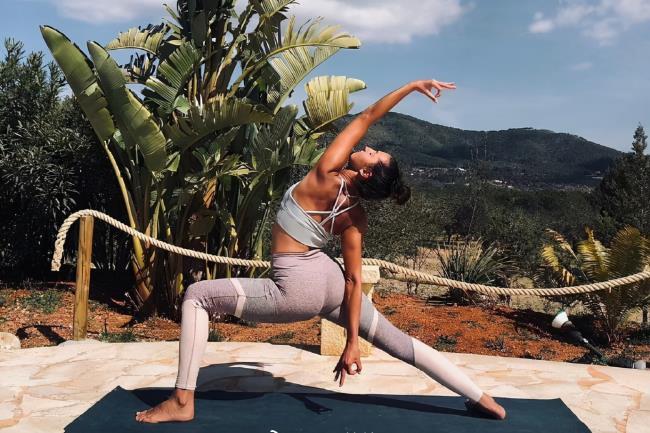 练瑜伽的最佳时间(今天告诉你最佳时段)