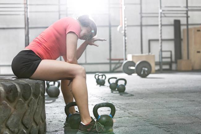 过度运动的十大征兆(你可能已经训练过度)