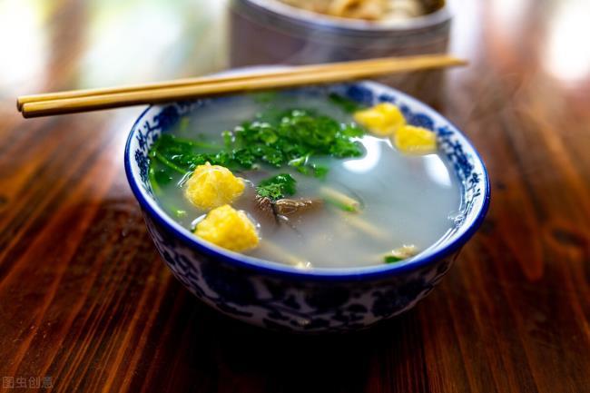 南京鸭血粉丝(南京排名第一的鸭血粉丝汤)