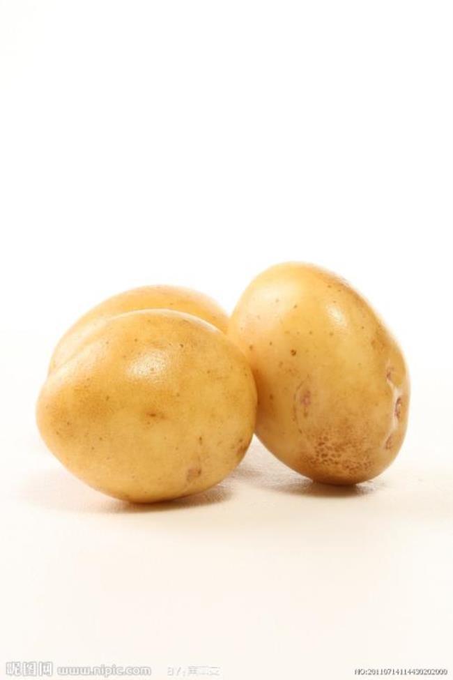 土豆和鸡蛋可以一起吃吗(土豆和鸡蛋一起吃真的会中毒)