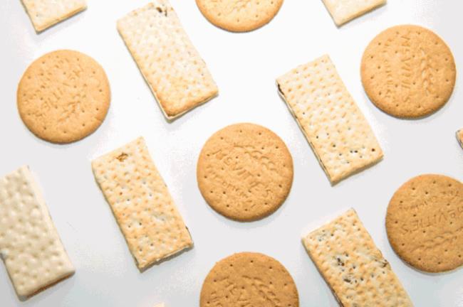 新手烤饼干(烘焙入门的4种好吃到爆的饼干)
